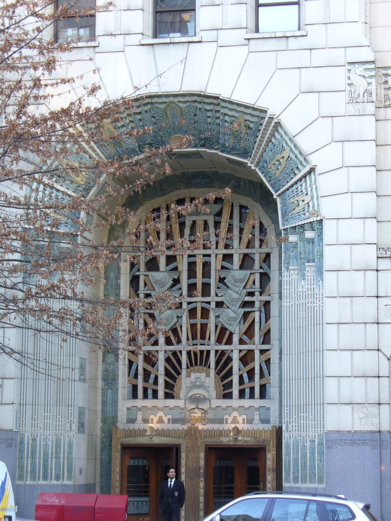 Marine Building Entrance (pnoto Sue Womersley)