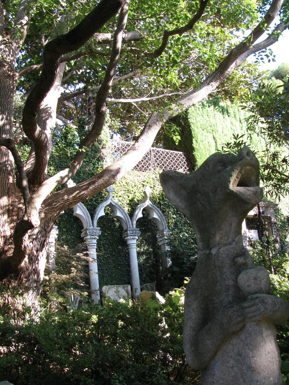 Stone Jardin