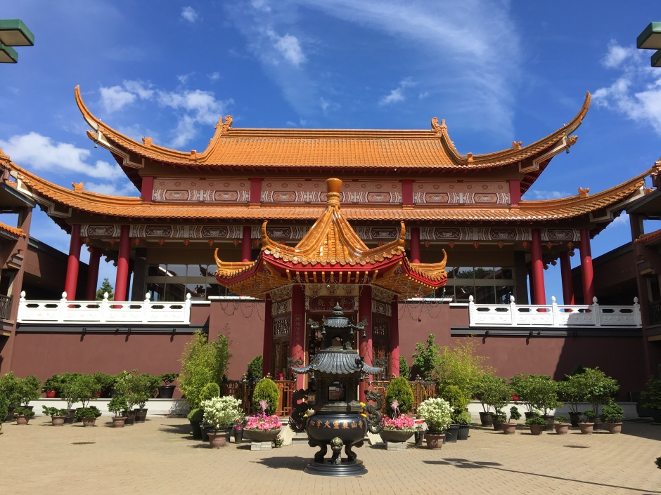 Lingyen Mountain Temple